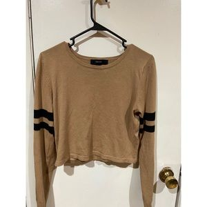 Forever 21 Long Sleeve Beige and Black Cropped Top